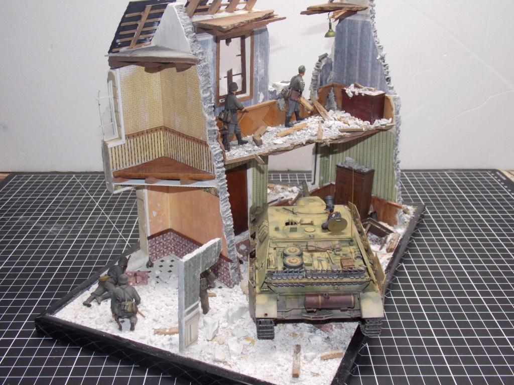 Guet-apens  Jadpanzer IV L48 / figurines DRAGON / décor perso  1/35  FINI  - Page 6 Dscn1561