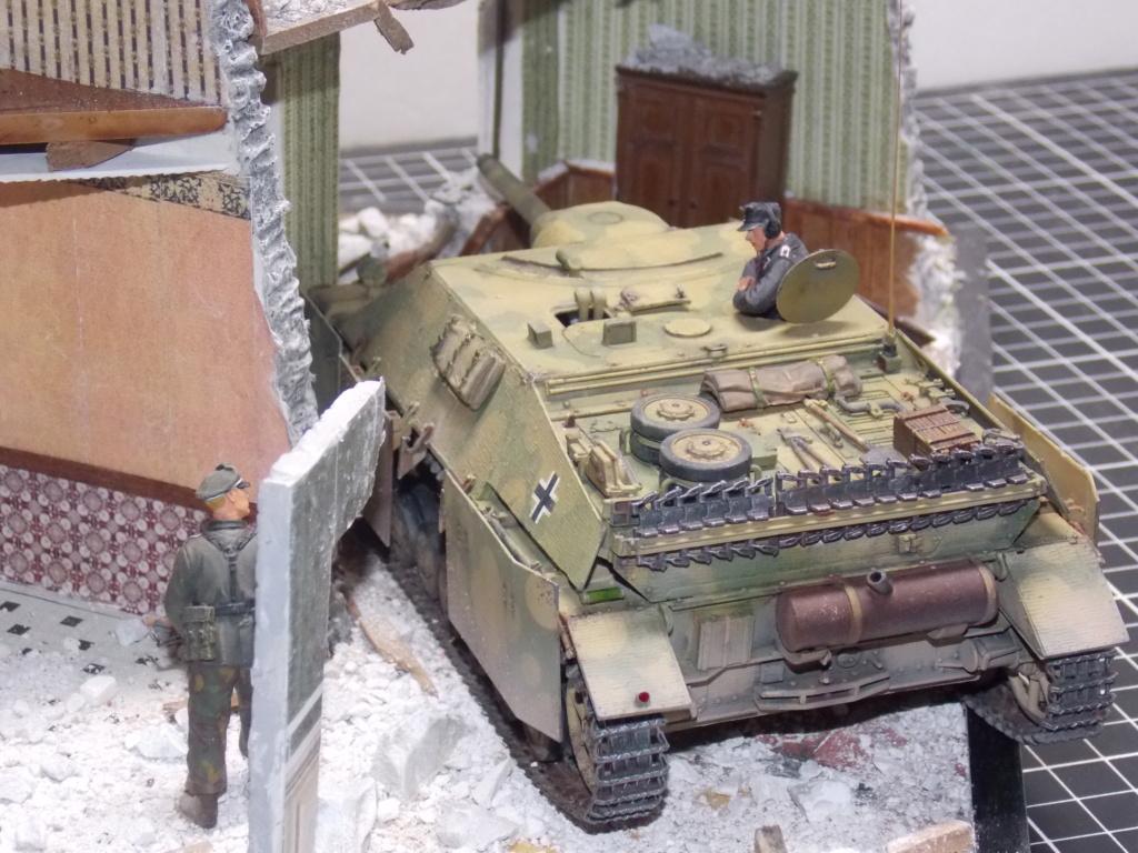 Guet-apens  Jadpanzer IV L48 / figurines DRAGON / décor perso  1/35  FINI  - Page 6 Dscn1563