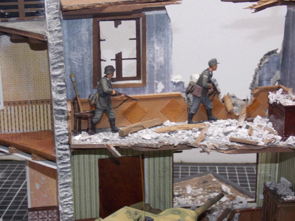 Guet-apens  Jadpanzer IV L48 / figurines DRAGON / décor perso  1/35  FINI  - Page 6 Dscn1565