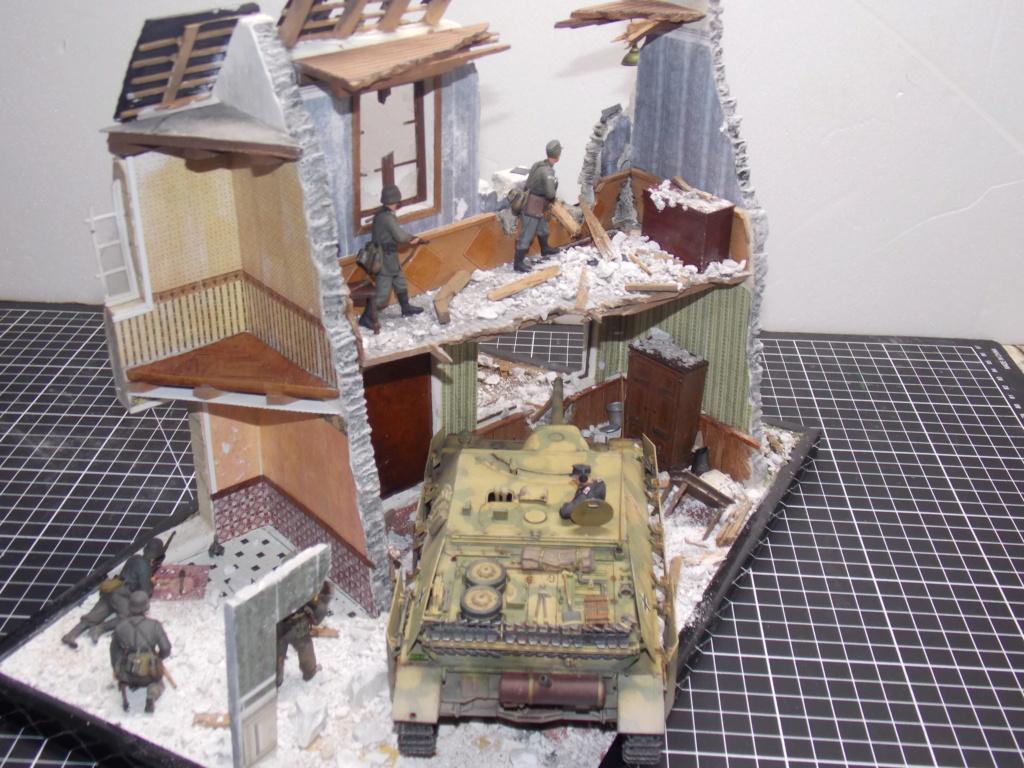 Guet-apens  Jadpanzer IV L48 / figurines DRAGON / décor perso  1/35  FINI  - Page 6 Dscn1566