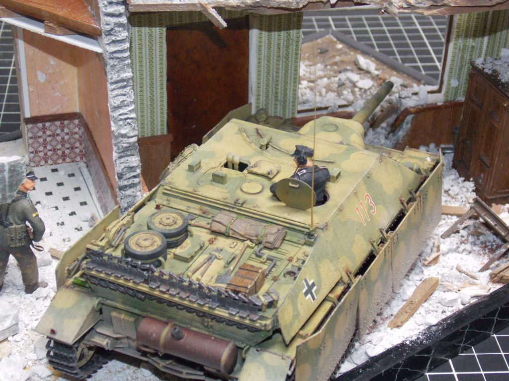Guet-apens  Jadpanzer IV L48 / figurines DRAGON / décor perso  1/35  FINI  - Page 6 Dscn1567