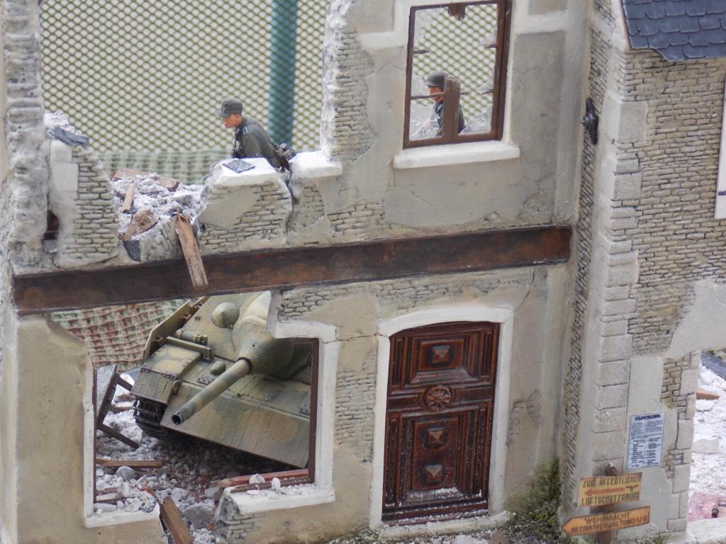 Guet-apens  Jadpanzer IV L48 / figurines DRAGON / décor perso  1/35  FINI  - Page 7 Dscn1637