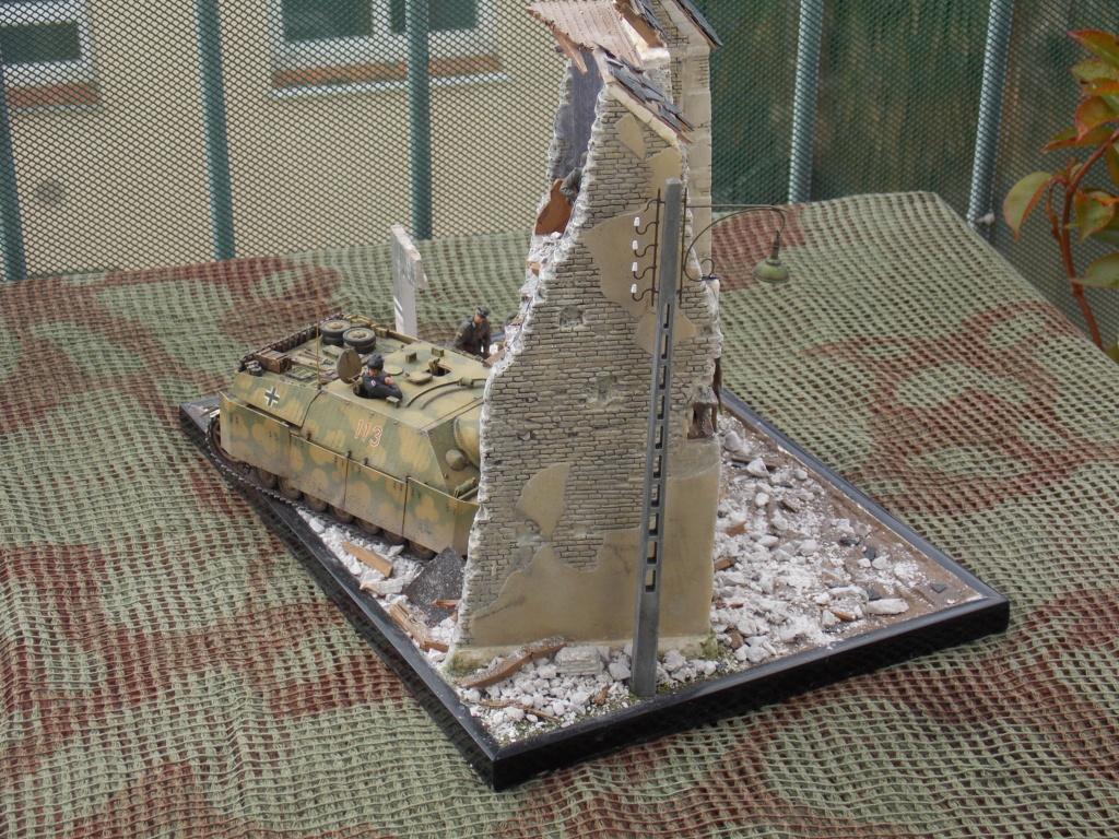 Guet-apens  Jadpanzer IV L48 / figurines DRAGON / décor perso  1/35  FINI  - Page 7 Dscn1640
