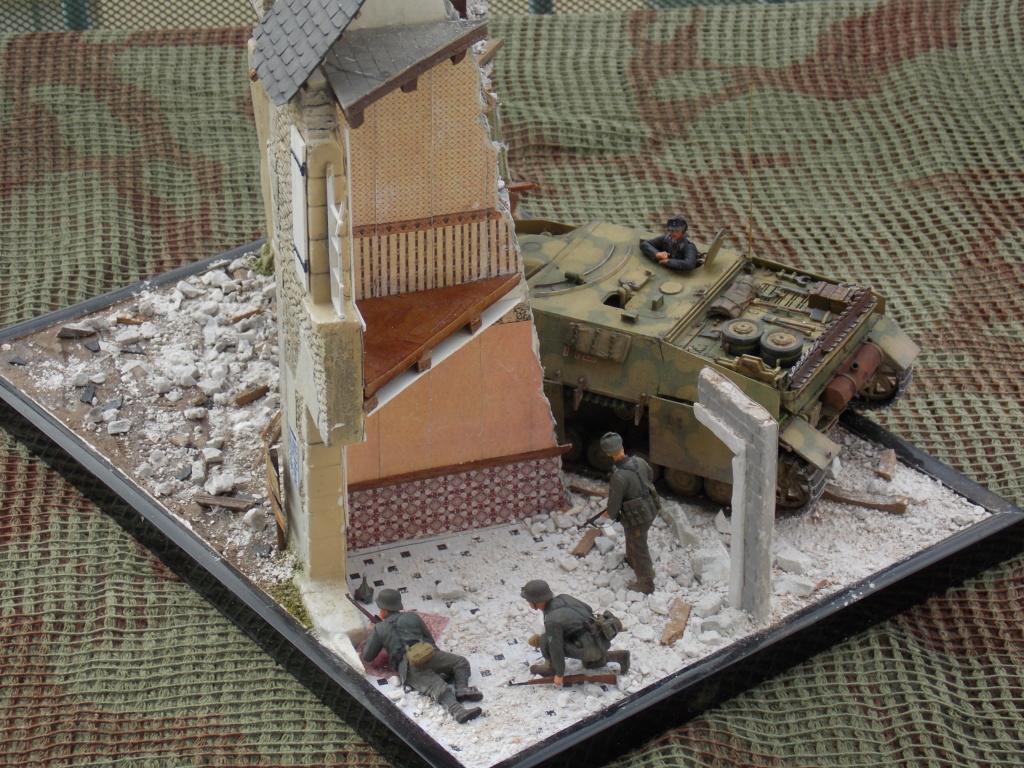Guet-apens  Jadpanzer IV L48 / figurines DRAGON / décor perso  1/35  FINI  - Page 7 Dscn1646