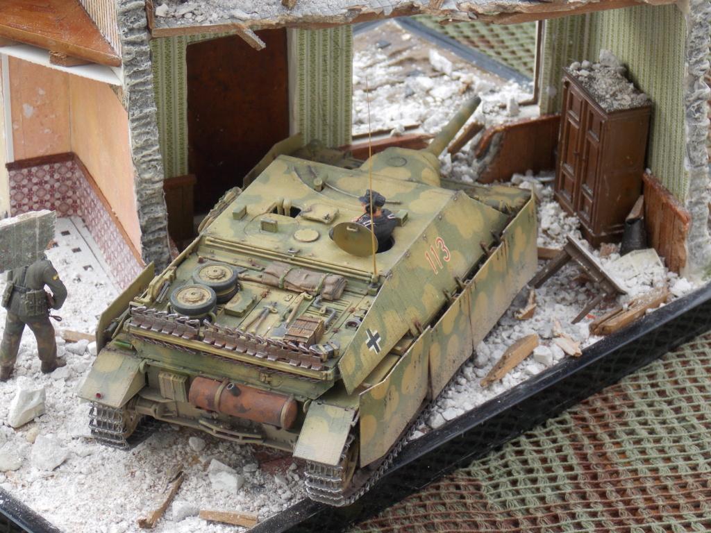 Guet-apens  Jadpanzer IV L48 / figurines DRAGON / décor perso  1/35  FINI  - Page 7 Dscn1650