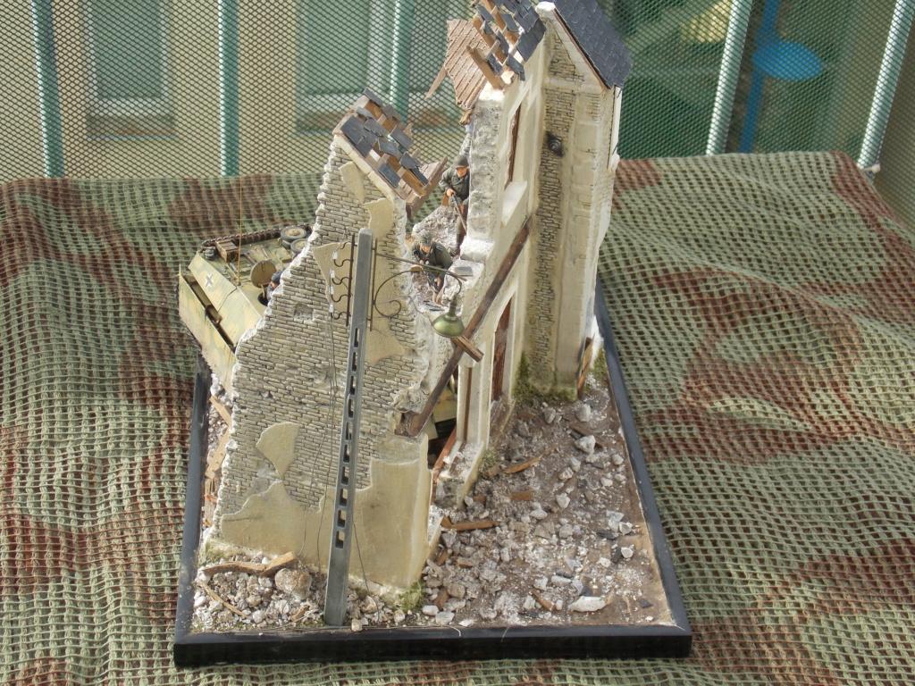 Guet-apens  Jadpanzer IV L48 / figurines DRAGON / décor perso  1/35  FINI  - Page 8 Dscn1722