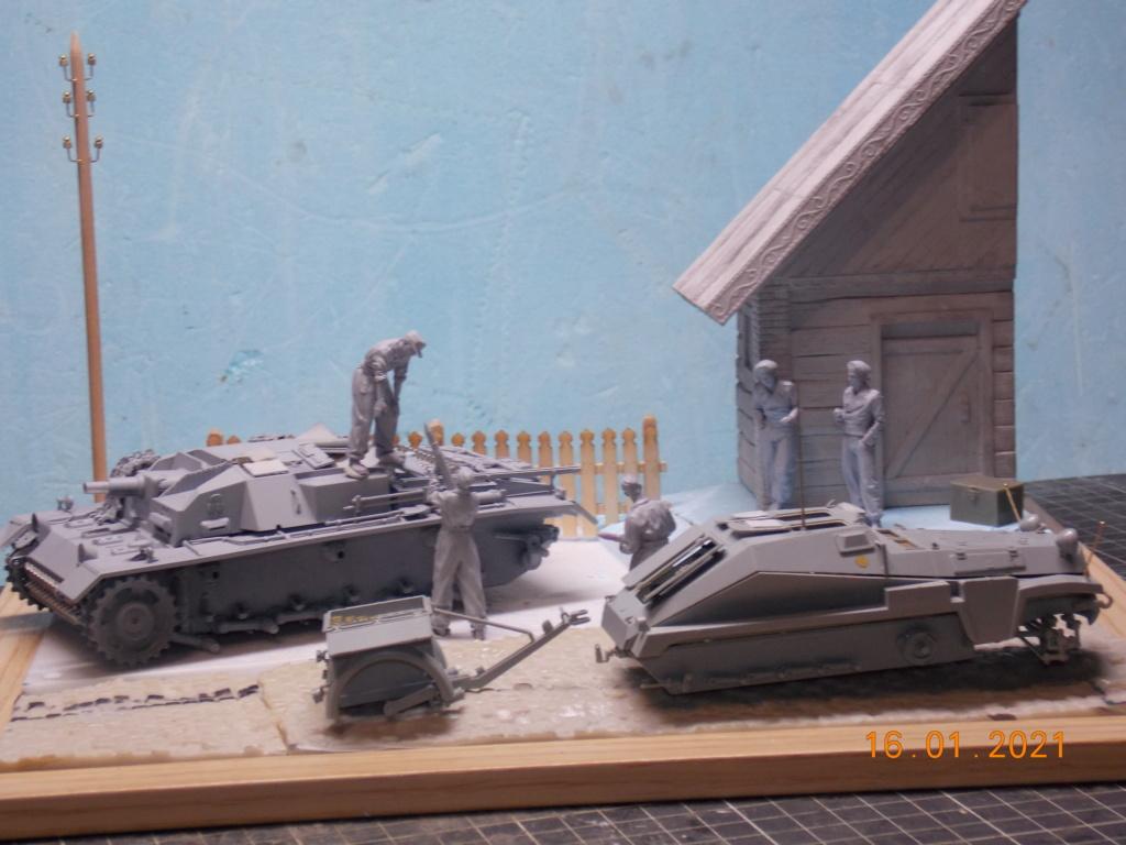 Quelque part sur le front de l'Est Juin 41 - Stug III Ausf.B (Tamiya ) et Sd.Kfz.252 (Dragon ) 1/35 - Page 3 Dscn1795