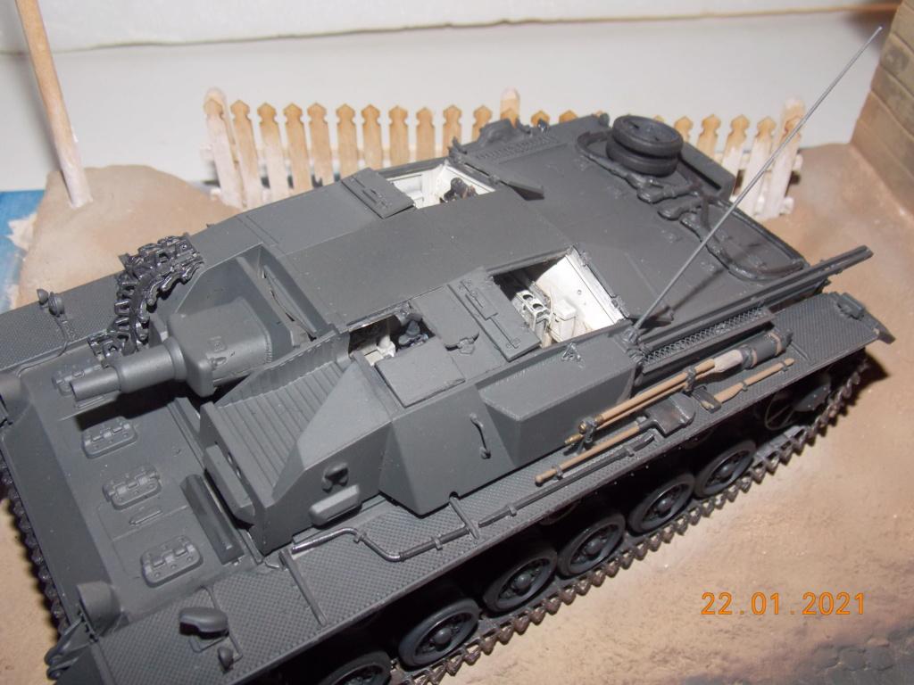 Quelque part sur le front de l'Est Juin 41 - Stug III Ausf.B (Tamiya ) et Sd.Kfz.252 (Dragon ) 1/35 - Page 4 Dscn1829