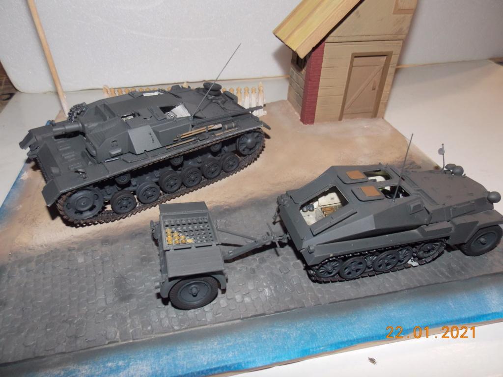 Quelque part sur le front de l'Est Juin 41 - Stug III Ausf.B (Tamiya ) et Sd.Kfz.252 (Dragon ) 1/35 - Page 4 Dscn1831