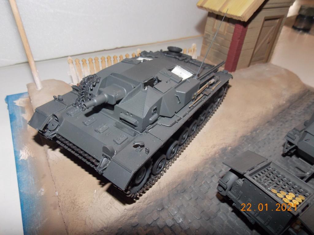 Quelque part sur le front de l'Est Juin 41 - Stug III Ausf.B (Tamiya ) et Sd.Kfz.252 (Dragon ) 1/35 - Page 4 Dscn1833