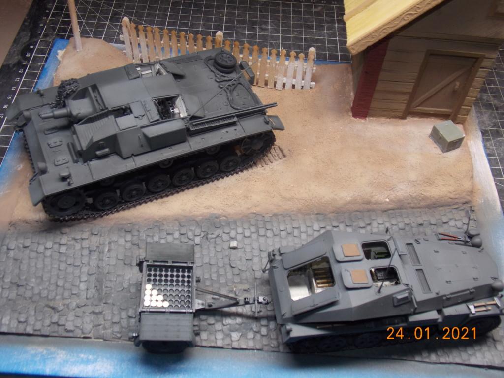 Quelque part sur le front de l'Est Juin 41 - Stug III Ausf.B (Tamiya ) et Sd.Kfz.252 (Dragon ) 1/35 - Page 5 Dscn1854