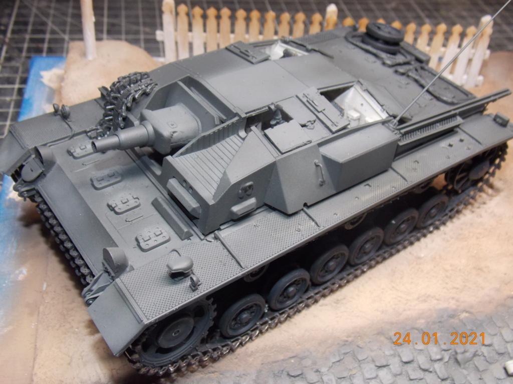 Quelque part sur le front de l'Est Juin 41 - Stug III Ausf.B (Tamiya ) et Sd.Kfz.252 (Dragon ) 1/35 - Page 5 Dscn1856