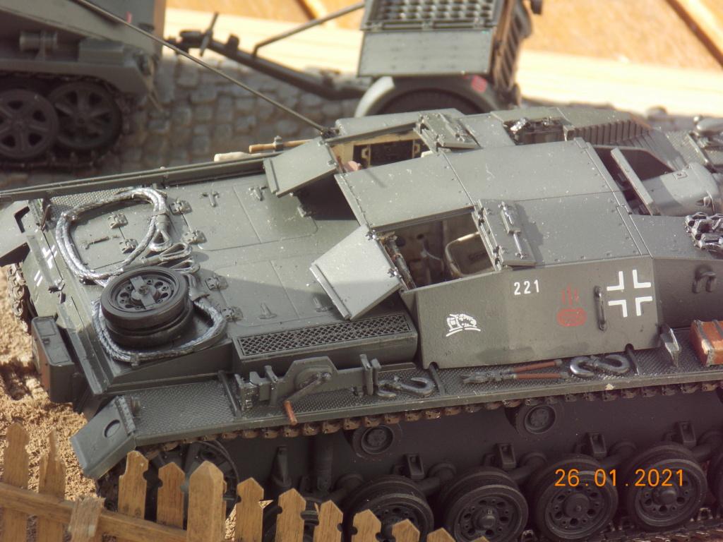 Quelque part sur le front de l'Est Juin 41 - Stug III Ausf.B (Tamiya ) et Sd.Kfz.252 (Dragon ) 1/35 - Page 5 Dscn1869