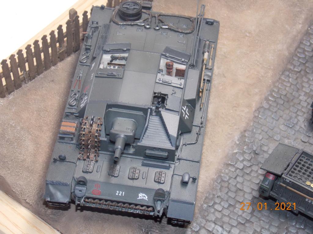 Quelque part sur le front de l'Est Juin 41 - Stug III Ausf.B (Tamiya ) et Sd.Kfz.252 (Dragon ) 1/35 - Page 6 Dscn1903