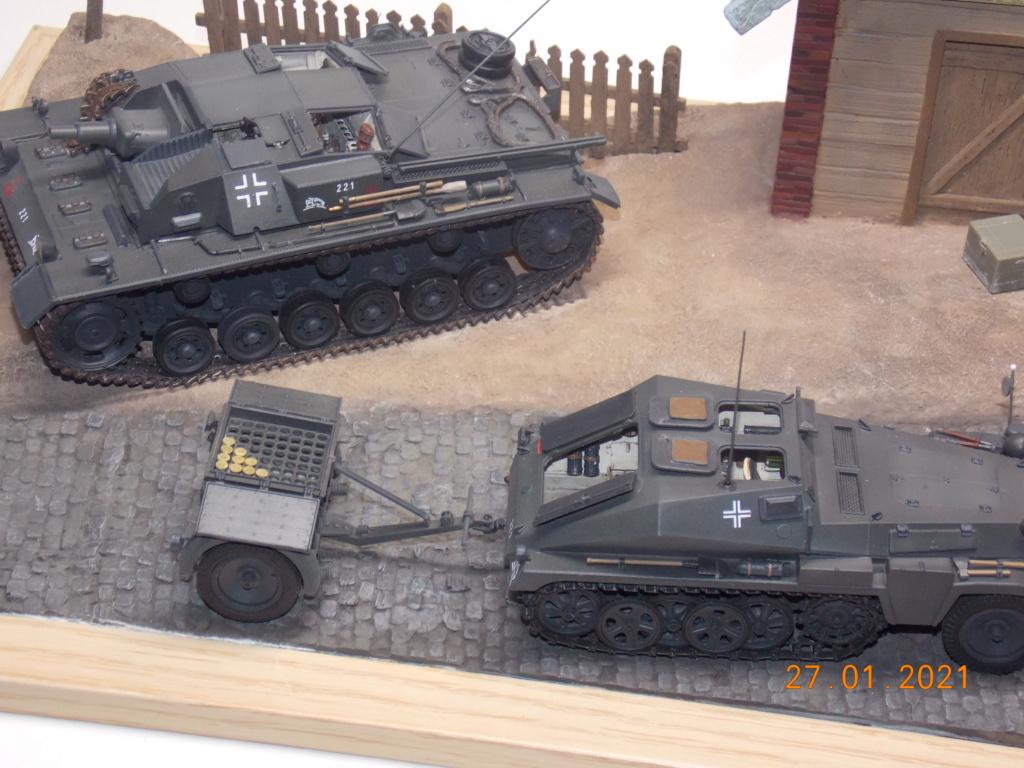 Quelque part sur le front de l'Est Juin 41 - Stug III Ausf.B (Tamiya ) et Sd.Kfz.252 (Dragon ) 1/35 - Page 6 Dscn1904