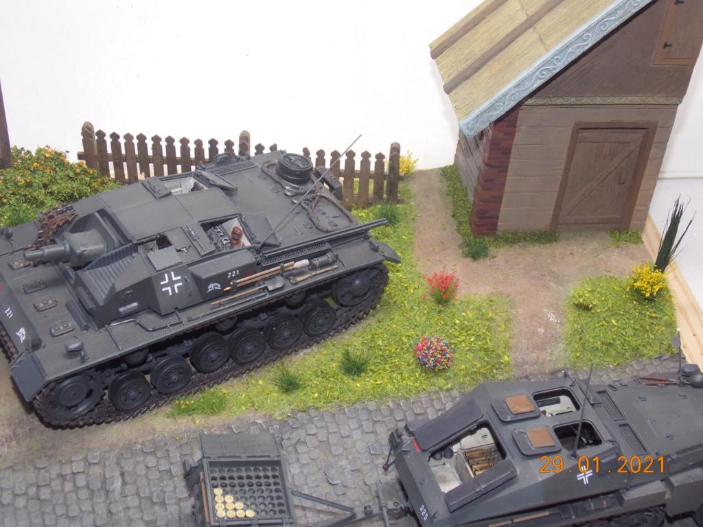 Quelque part sur le front de l'Est Juin 41 - Stug III Ausf.B (Tamiya ) et Sd.Kfz.252 (Dragon ) 1/35 - Page 6 Dscn1911