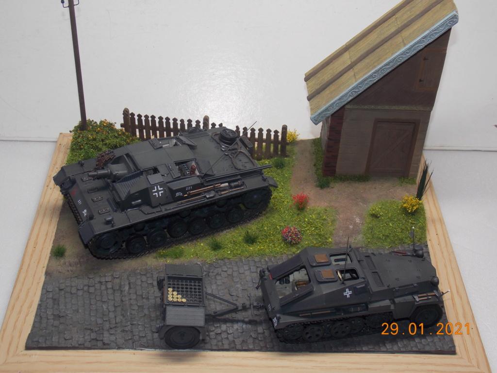 Quelque part sur le front de l'Est Juin 41 - Stug III Ausf.B (Tamiya ) et Sd.Kfz.252 (Dragon ) 1/35 - Page 6 Dscn1913