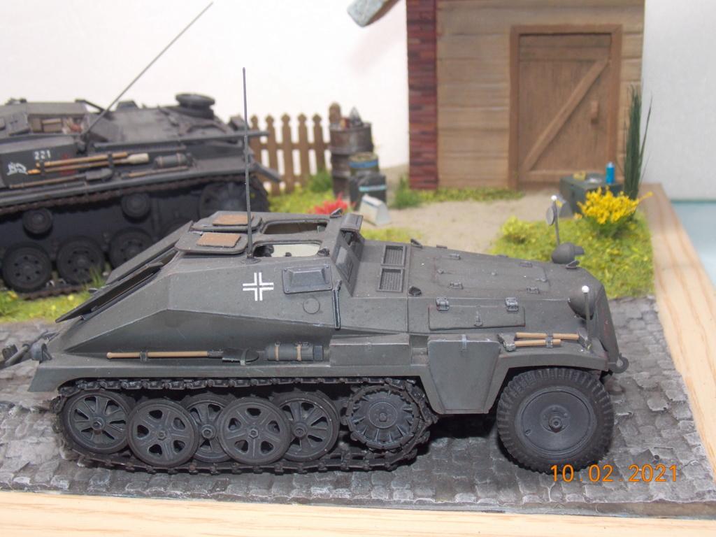 Quelque part sur le front de l'Est Juin 41 - Stug III Ausf.B (Tamiya ) et Sd.Kfz.252 (Dragon ) 1/35 - Page 7 Dscn1927