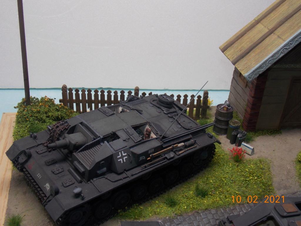 Quelque part sur le front de l'Est Juin 41 - Stug III Ausf.B (Tamiya ) et Sd.Kfz.252 (Dragon ) 1/35 - Page 7 Dscn1929