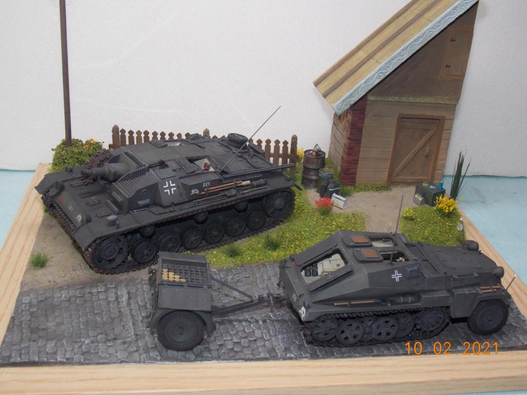 Quelque part sur le front de l'Est Juin 41 - Stug III Ausf.B (Tamiya ) et Sd.Kfz.252 (Dragon ) 1/35 - Page 7 Dscn1962