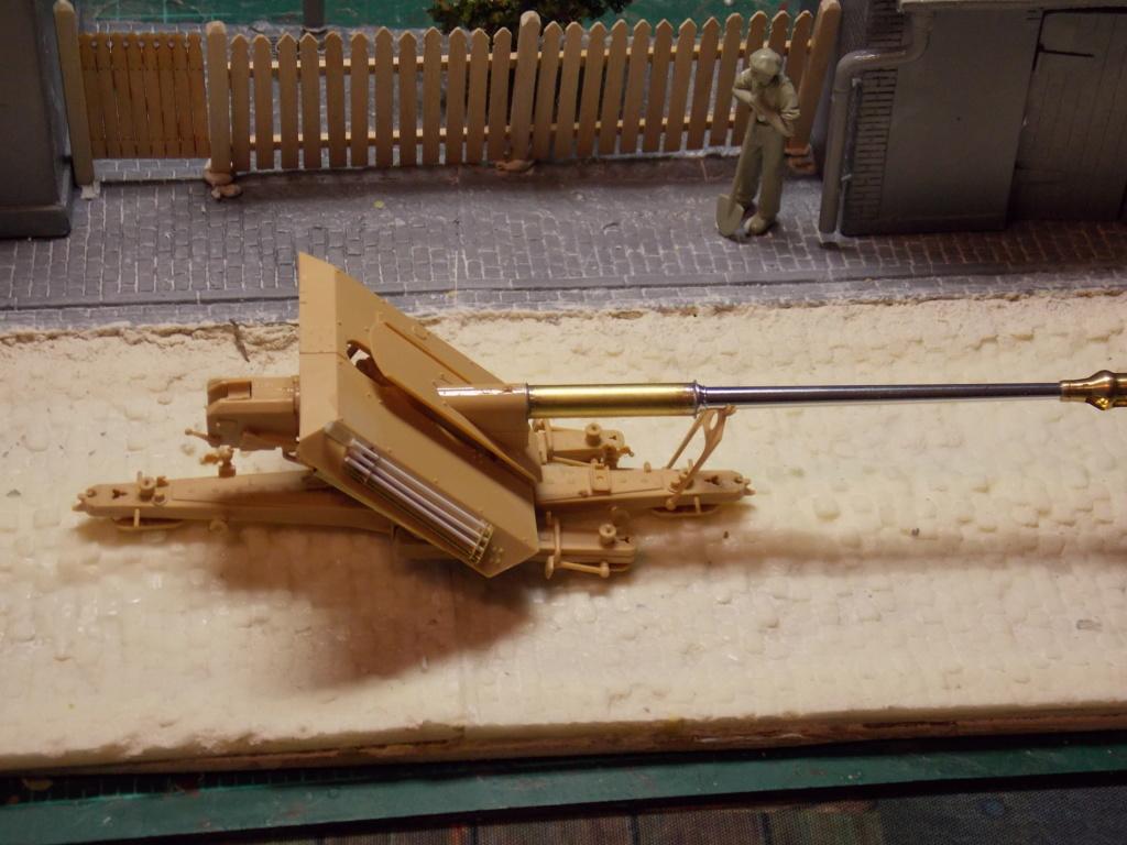 Mi roue mi chenille Pak 43 et semi chenillé lourd 1/35 TRUMPETER  Dscn6121