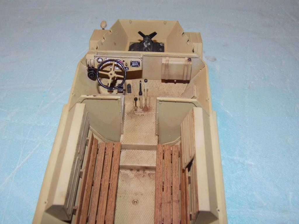 PAK 43 tracté par un Sd.Kfz.8 DB10 Trumpeter et décor MINIART + perso  1/35 - Page 4 Dscn6943