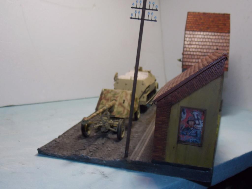 PAK 43 tracté par un Sd.Kfz.8 DB10 Trumpeter et décor MINIART + perso  1/35 - Page 6 Dscn7016