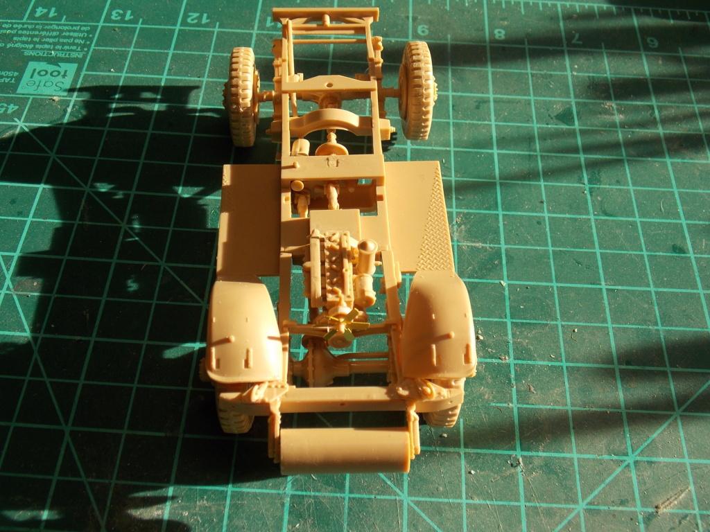 Deuxième DB à l'honneur - White Scout Car - Hobby Boss - 1/35 Dscn7226
