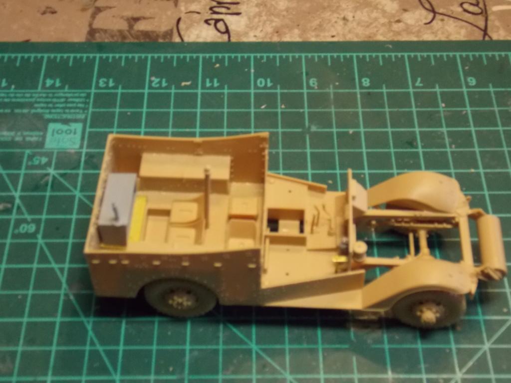 Deuxième DB à l'honneur - White Scout Car - Hobby Boss - 1/35 Dscn7229