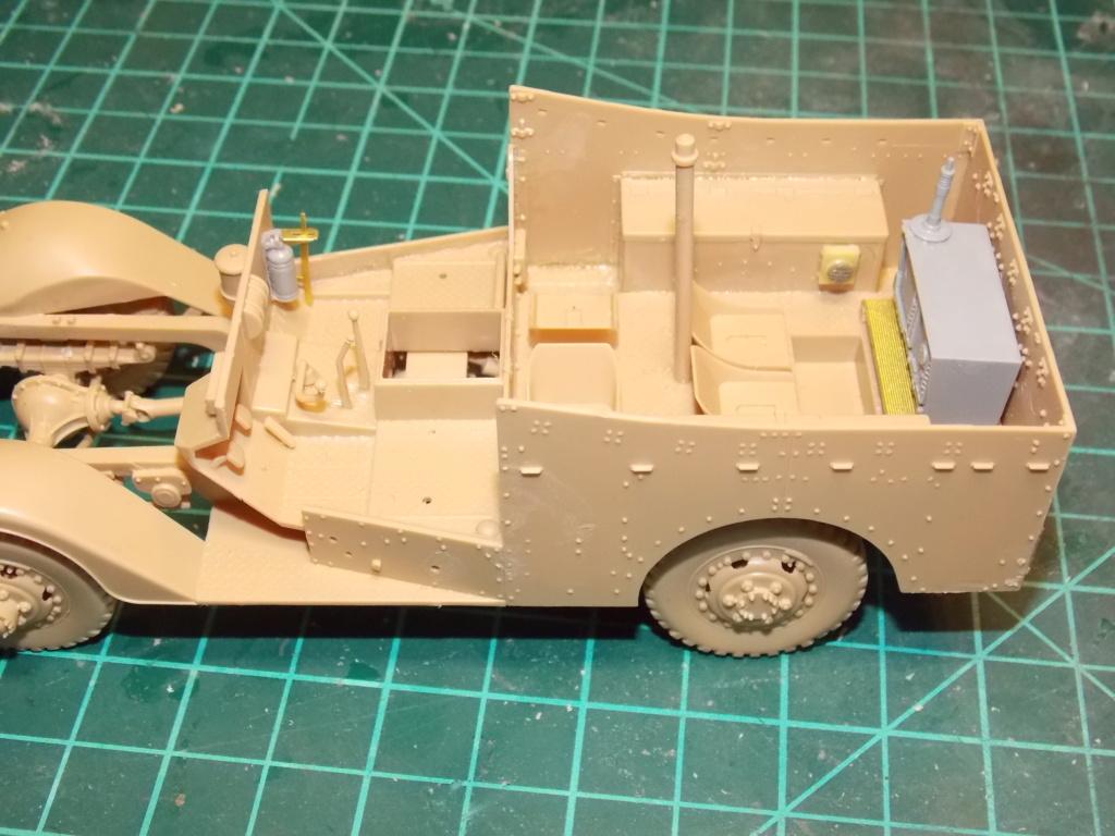 Deuxième DB à l'honneur - White Scout Car - Hobby Boss - 1/35 Dscn7232