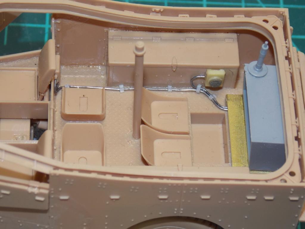 Deuxième DB à l'honneur - White Scout Car - Hobby Boss - 1/35 Dscn7233