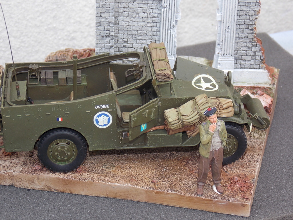 """White Scout Car """"ONDINE""""  2me DB (HOBBY BOSS 1/35) - Page 2 Dscn7300"""
