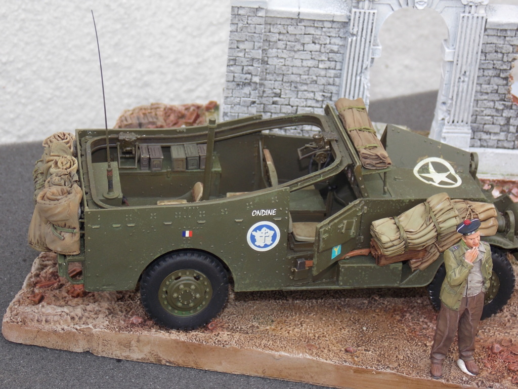 """White Scout Car """"ONDINE""""  2me DB (HOBBY BOSS 1/35) - Page 2 Dscn7302"""