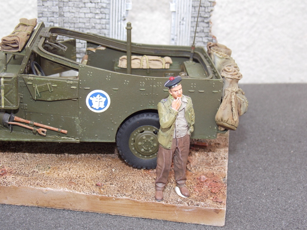 """White Scout Car """"ONDINE""""  2me DB (HOBBY BOSS 1/35) - Page 2 Dscn7304"""