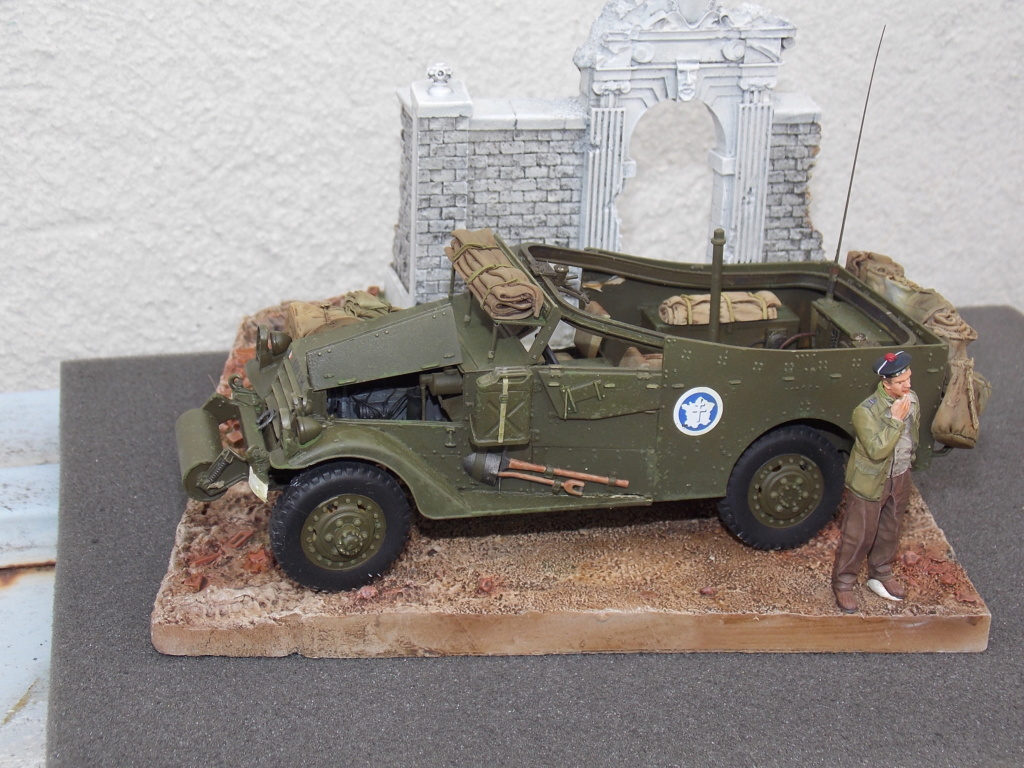 """White Scout Car """"ONDINE""""  2me DB (HOBBY BOSS 1/35) - Page 2 Dscn7306"""