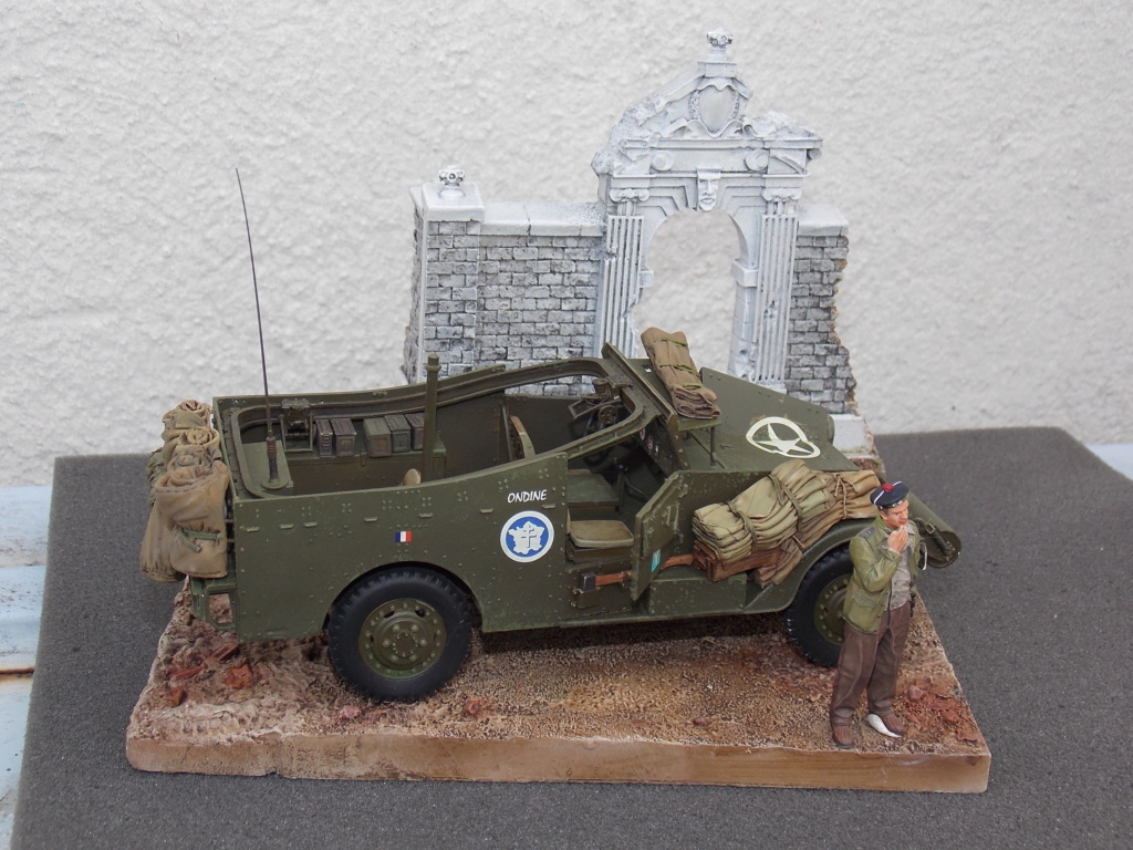 """White Scout Car """"ONDINE""""  2me DB (HOBBY BOSS 1/35) - Page 2 Dscn7308"""