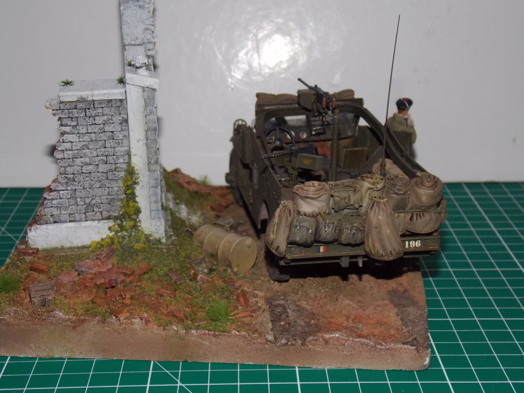 """White Scout Car """"ONDINE""""  2me DB (HOBBY BOSS 1/35) - Page 2 Dscn7313"""