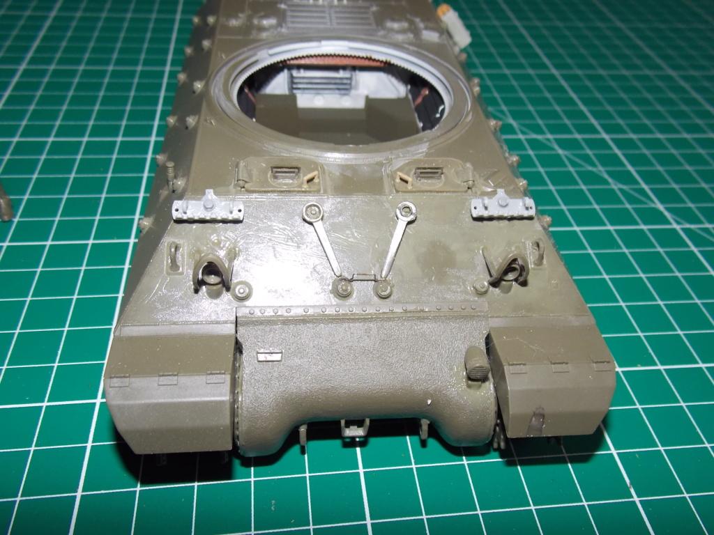 """Tank Destroyer M10 """"Le SIMOUN"""", 2ème DB - Tamiya 1/35 - Page 2 Dscn7344"""