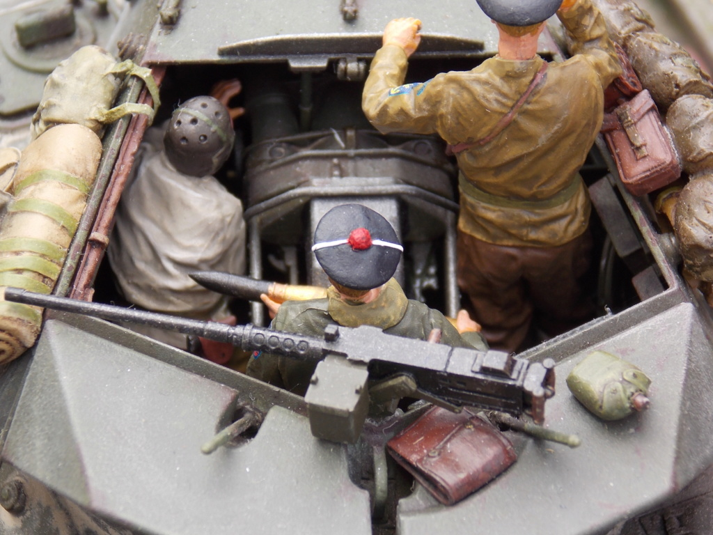 """Tank Destroyer M10 """"Le SIMOUN"""", 2ème DB - Tamiya 1/35 - Page 6 Dscn7467"""