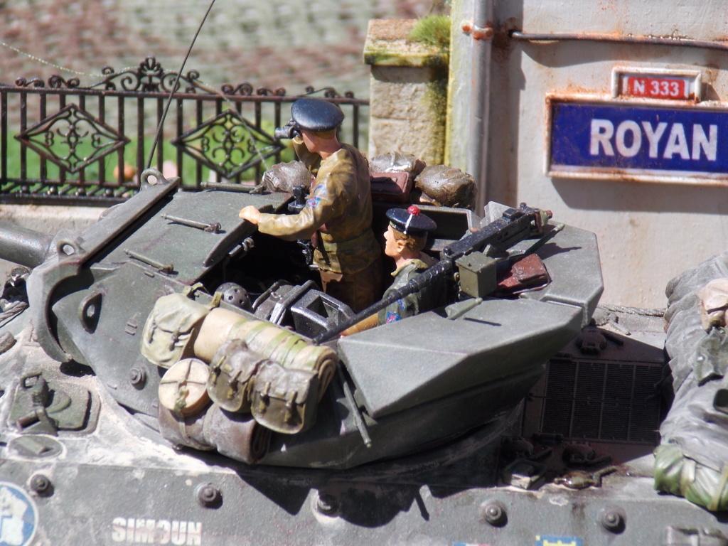 """Tank Destroyer M10 """"Le SIMOUN"""", 2ème DB - Tamiya 1/35 - Page 6 Dscn7524"""