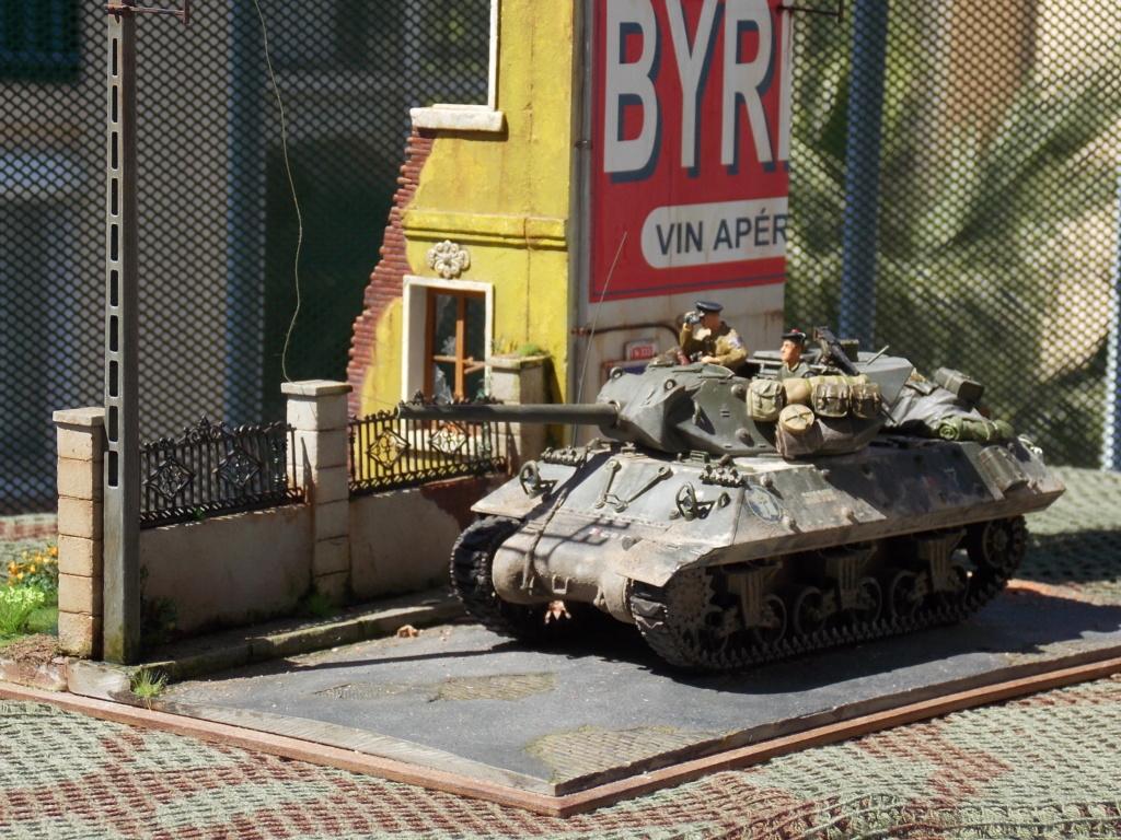 """Tank Destroyer M10 """"Le SIMOUN"""", 2ème DB - Tamiya 1/35 - Page 6 Dscn7528"""