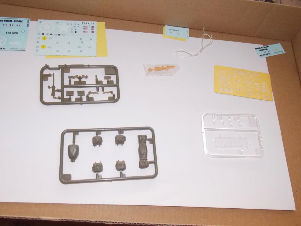 Jeep Nicole RMSM  (Bronco) décor Miniart  - 1/35 - Page 2 Dscn7569