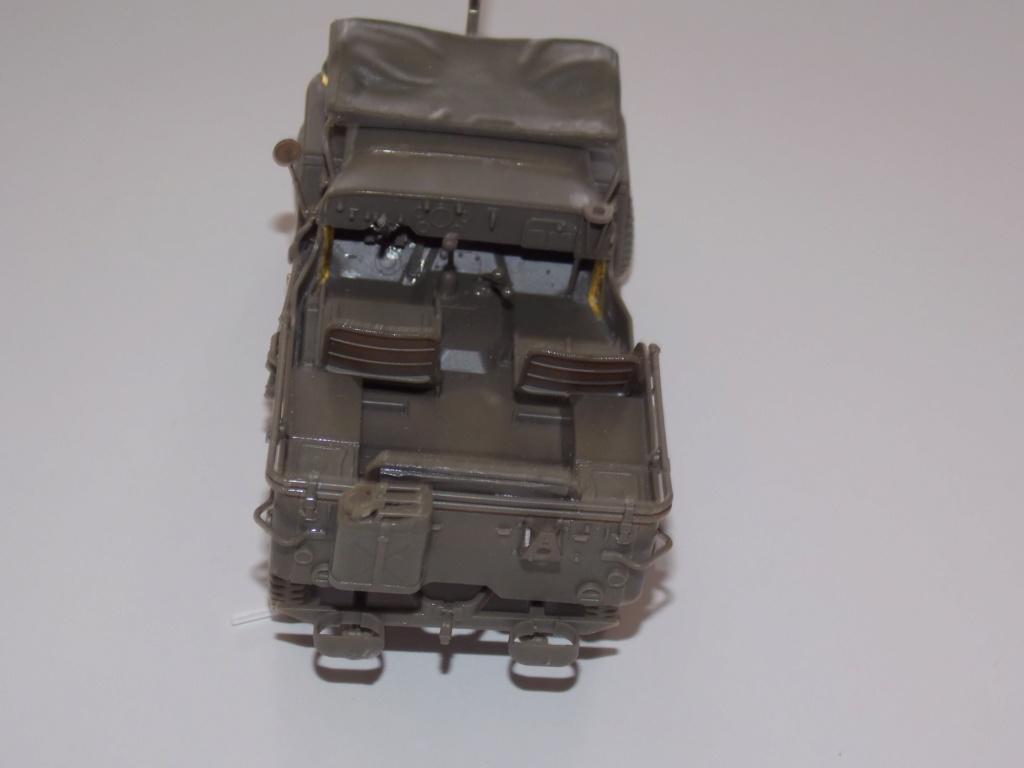 Jeep Nicole RMSM  (Bronco) décor Miniart  - 1/35 - Page 3 Dscn7601