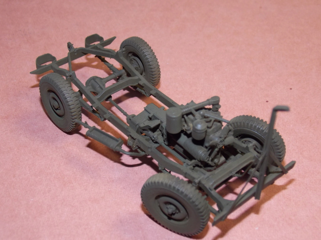 Jeep Nicole RMSM  (Bronco) décor Miniart  - 1/35  MONTAGE TERMINE - Page 3 Dscn7612