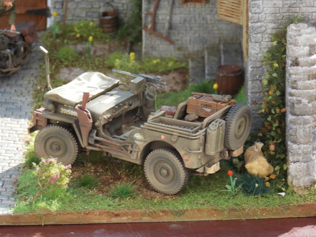 Jeep Nicole RMSM  (Bronco) décor Miniart  - 1/35 - Page 6 Dscn7672
