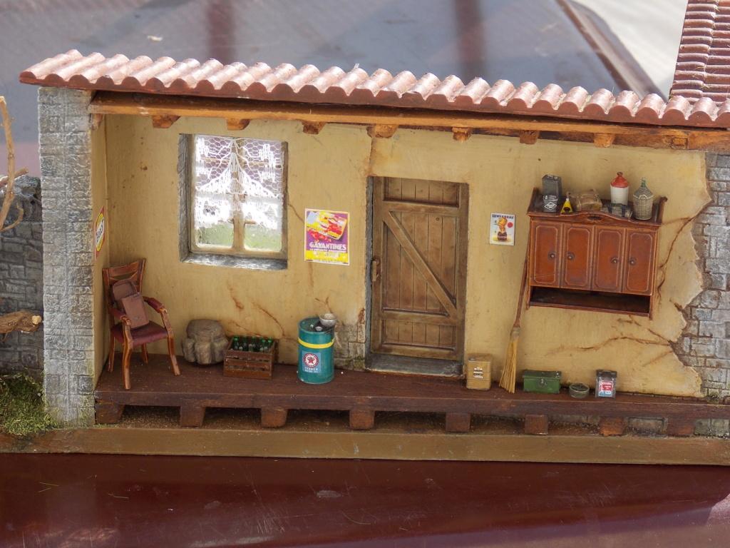 Jeep Nicole RMSM  (Bronco) décor Miniart  - 1/35 - Page 6 Dscn7678