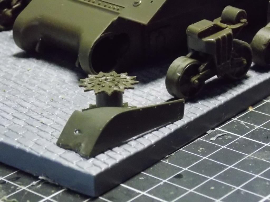 "Sherman le ""ROMILLY ""  maquette ASUKA  1/35  Dscn7706"