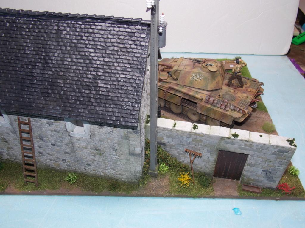 Baby Division Caen 1944 (Panther Takom/ Traction Tamiya- décor Mk35 au 1/35) - Page 20 Dscn8425