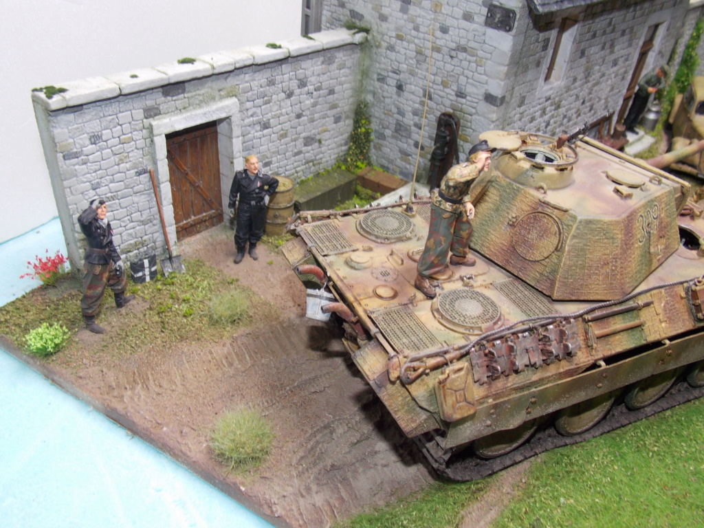 Baby Division Caen 1944 (Panther Takom/ Traction Tamiya- décor Mk35 au 1/35) - Page 20 Dscn8428