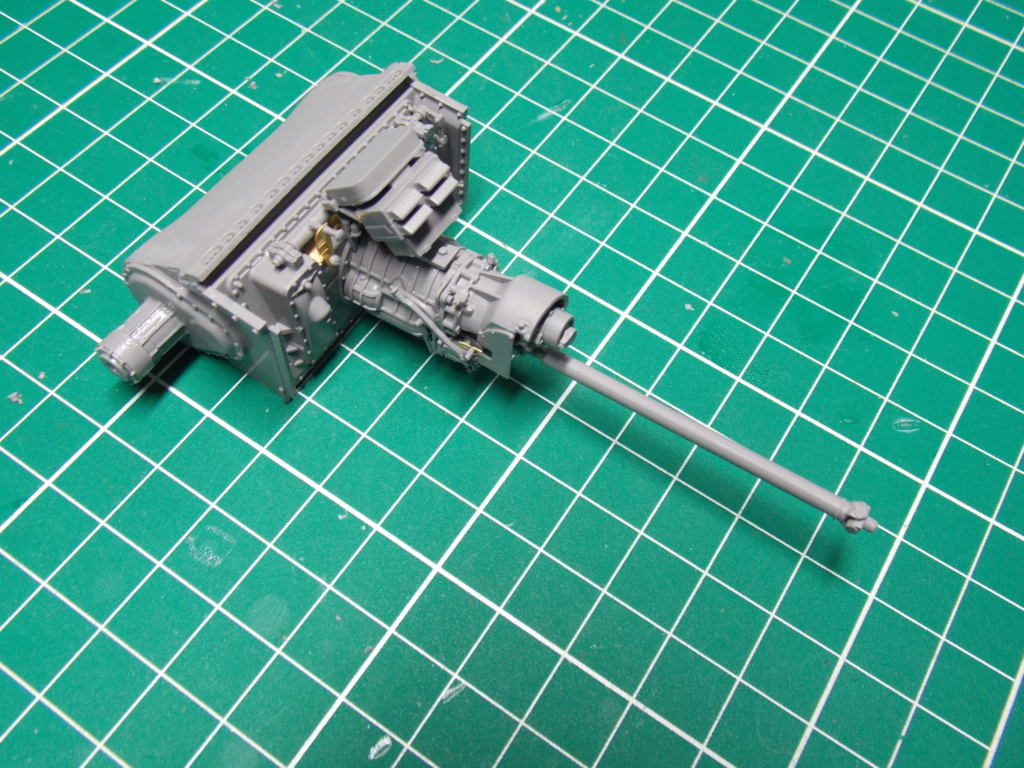 Sherman M4A3 76W HVSS with full interior RFM 1/35 - Page 2 Dscn8473